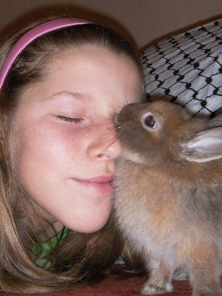 Это я и мой кролик Сема!!!!