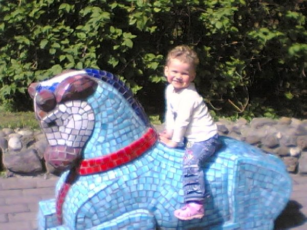 Наша лошадь интересней