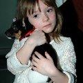 У меня есть лялька - маленькая дочка,  <br /> Дочке захотелось завести щеночка.<br /> И теперь у дочки тоже своя лялька,  <br /> потому так счастлива моя дочка Галька.